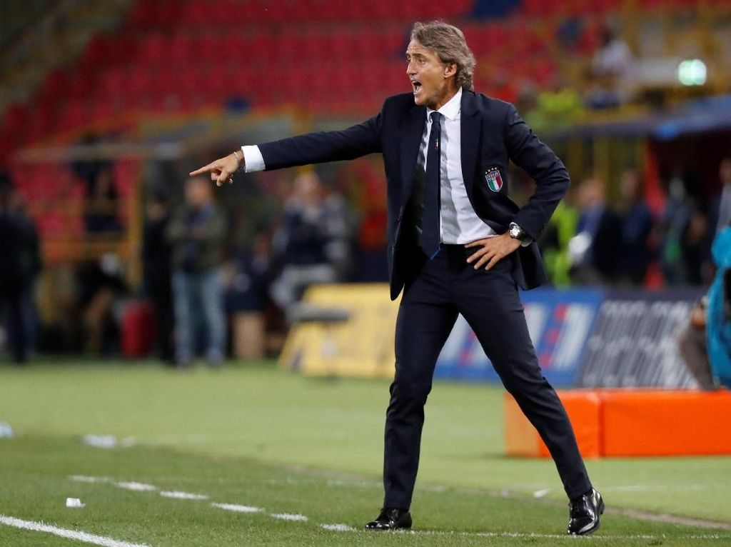 Maaf, Mancini Fokus ke Timnas Italia, Belum Tertarik Latih Klub Lagi
