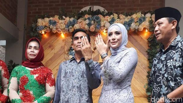 Kisah Cinta Shinta Bachir, Kerap Tertutup Kini Terbuka Dilamar Anggota DPRD