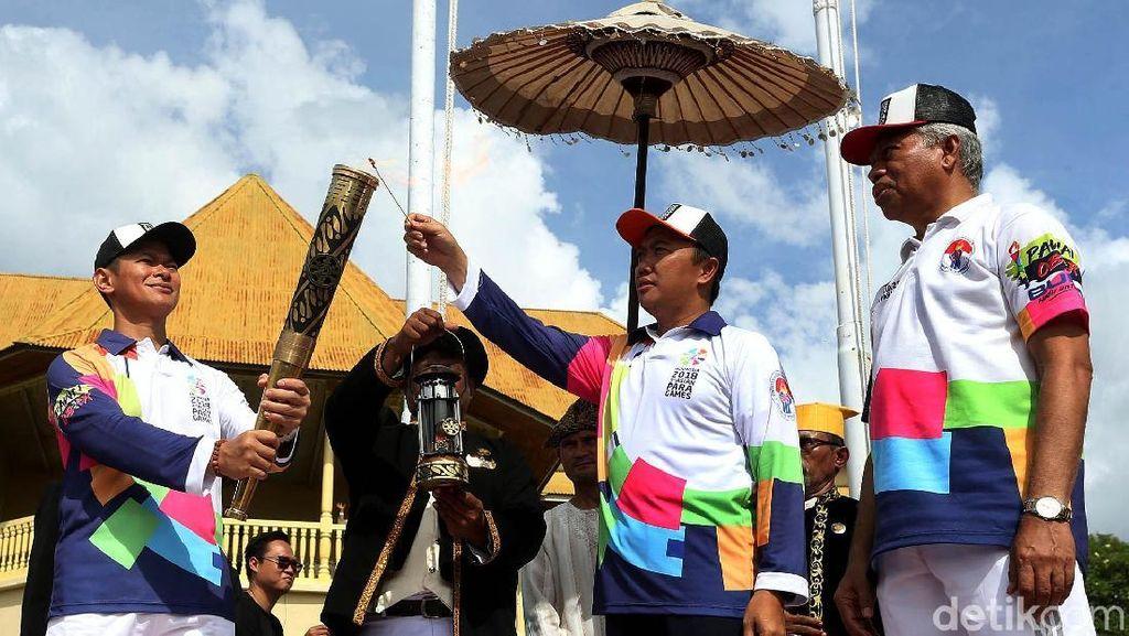 Api Obor Asian Para Games 2018 Diarak di Ternate