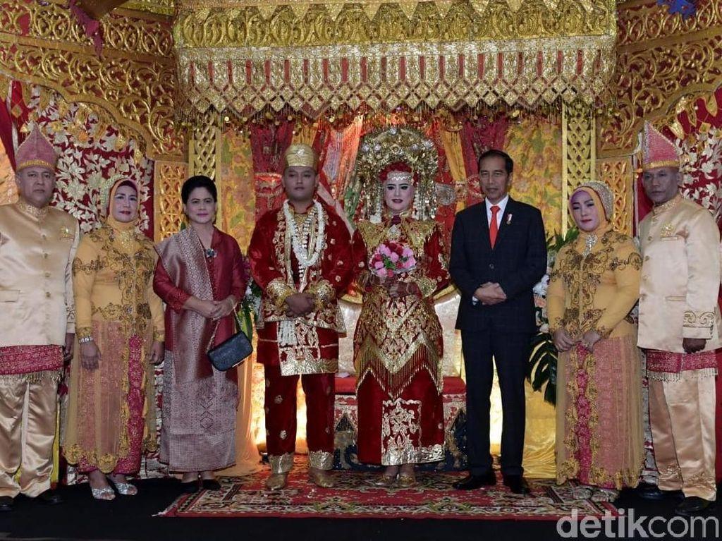 Potret Jokowi Kondangan ke Pernikahan Paspampres Pengawal Motor