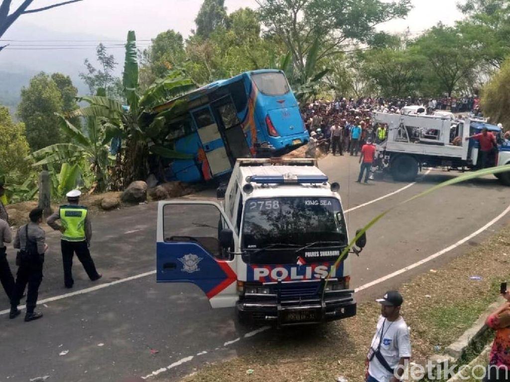21 Orang Tewas Kecelakaan di Sukabumi, JK Salahkan PO Bus-Dishub