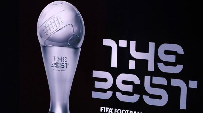 Virgil van Dijk bersaing dengan Cristiano Ronaldo dan Lionel Messi rebutkan gelar pemain terbaik FIFA. (Foto: Bryn Lennon/Getty Images)