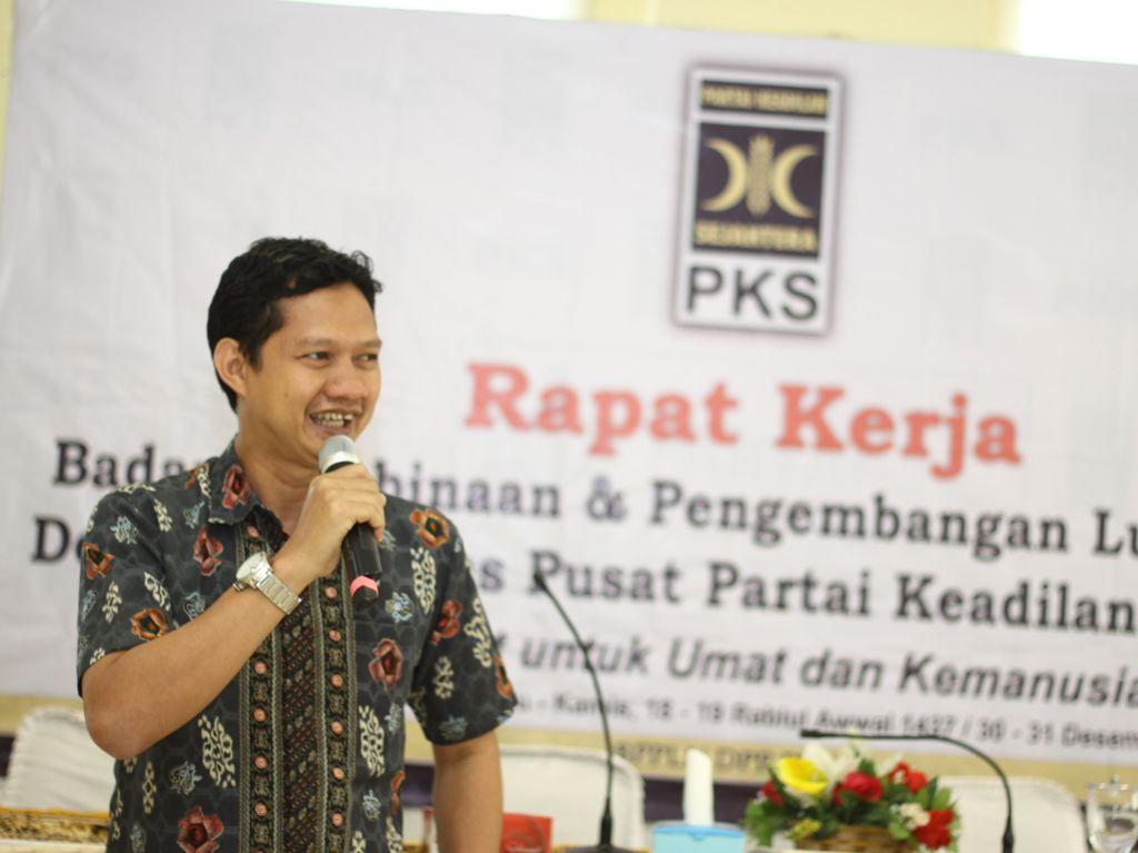 Dituding Andi Arief Berpolitik Dua Kaki, Ini Respons PKS