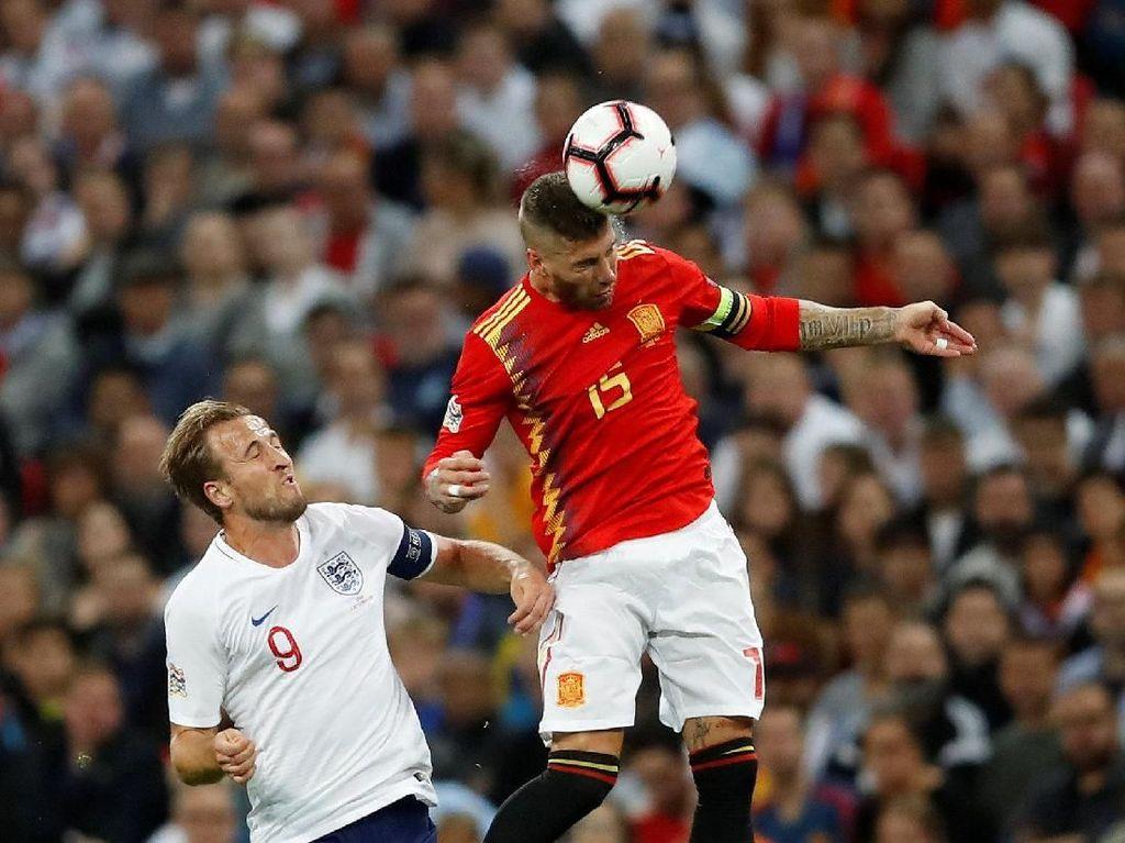 Sergio Ramos Disoraki di Wembley, Alexander-Arnold: Dia Salah Satu Bek Terbaik