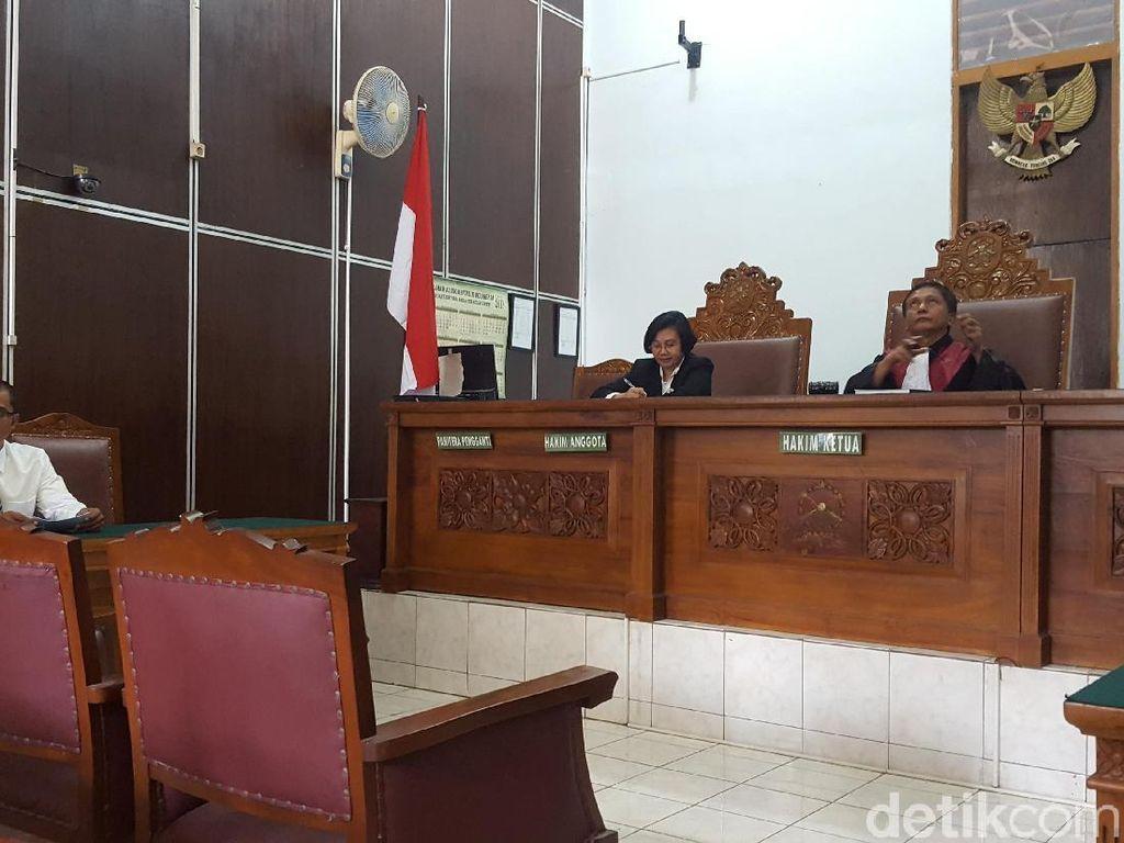 KPK Tak Hadir, Praperadilan Terkait Irwandi Yusuf Ditunda