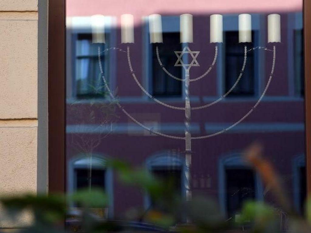 Penyerangan Restoran Yahudi di Chemnitz Bangkitkan Kenangan Suram