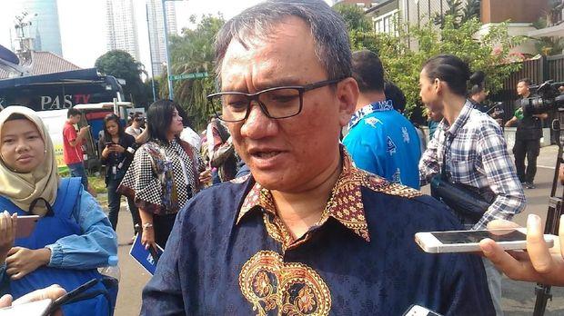 Ngabalin Sebut Andi Arief Stres soal 'Indonesia Barokah'