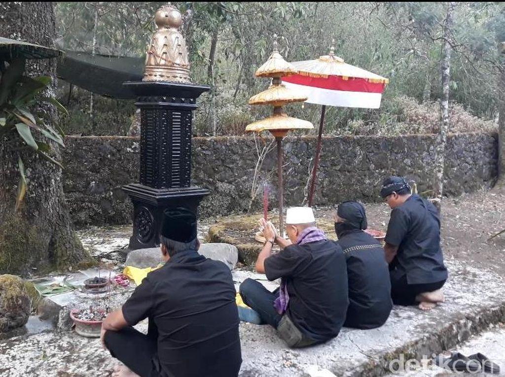 Gagal Ritual Suroan ke Puncak Lawu, Ini yang Dilakukan Pendaki