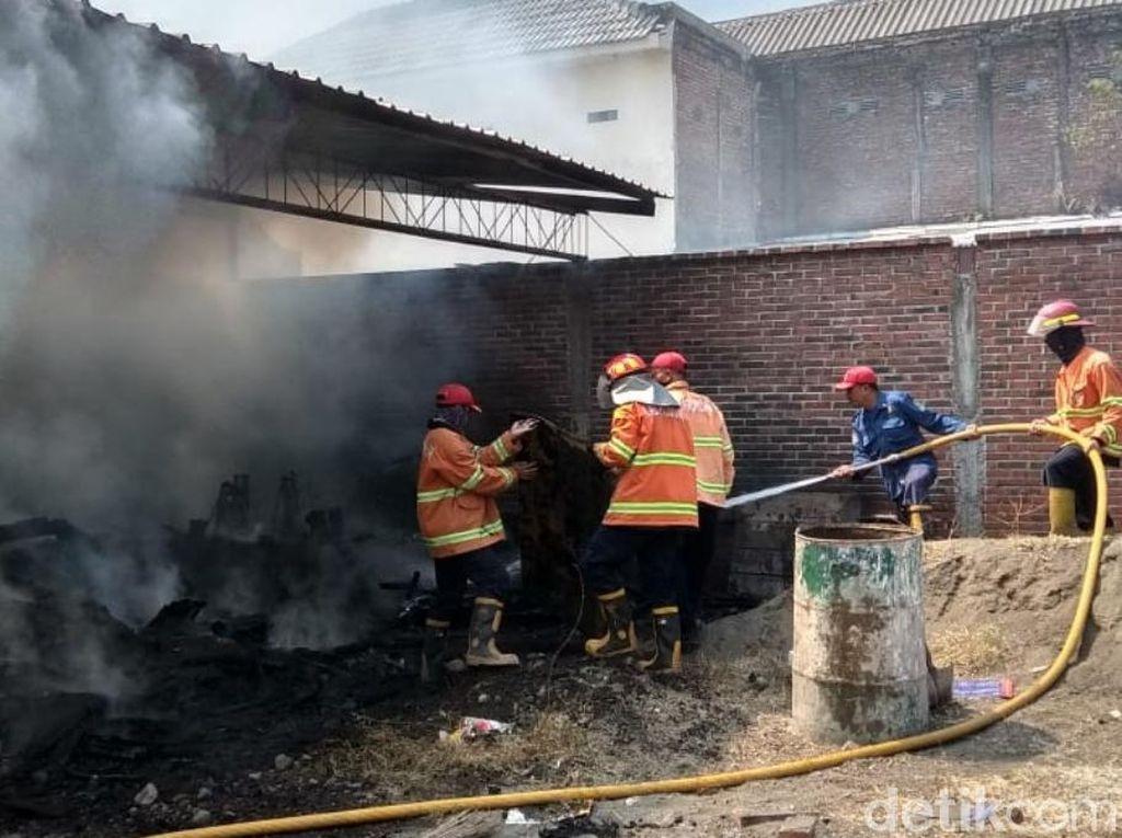 Gudang Kayu di Pasuruan Sempat Terbakar, Ini Imbauan PMK