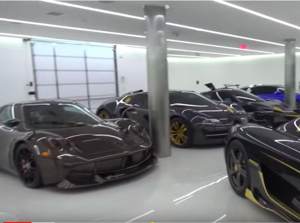 Wah! Garasi Ini Isinya Bugatti Cs