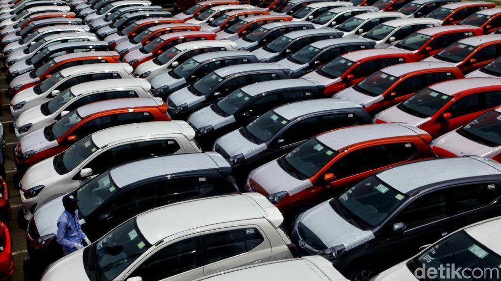 Ekspor Mobil Digenjot di Tengah Rupiah Keok Lawan Dolar AS