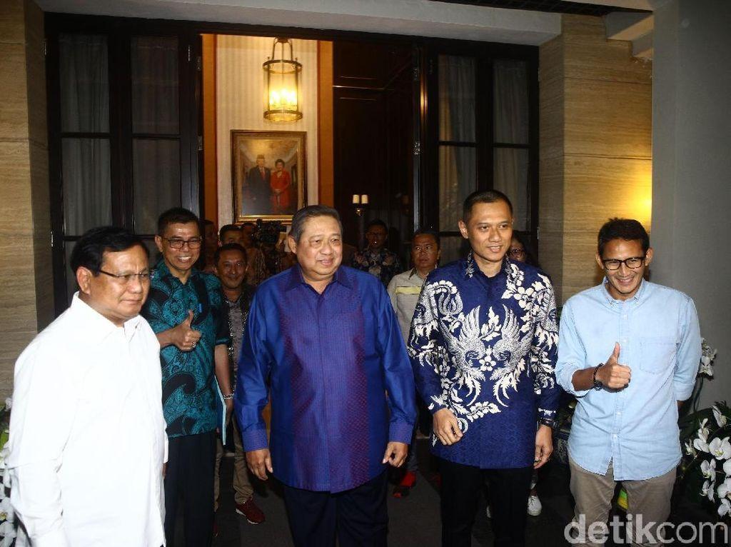 Video Prabowo-Sandi Merapat ke Kediaman SBY