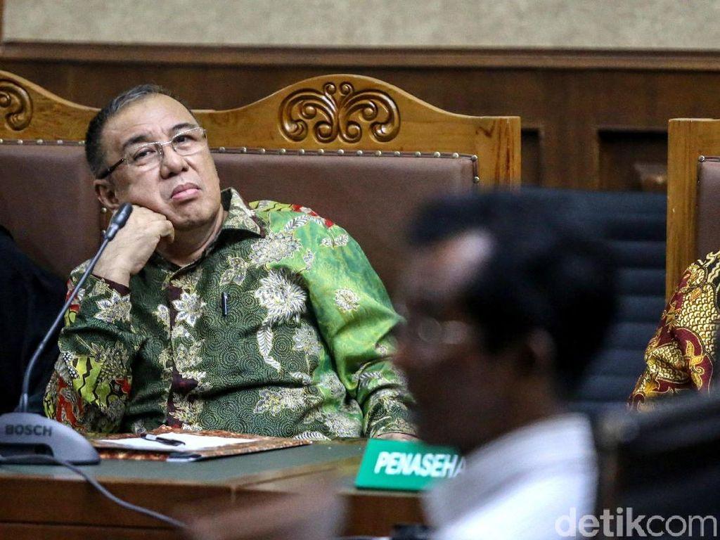 Hak Politik Cagub Sultra dan Walkot Kendari Dicabut Hakim