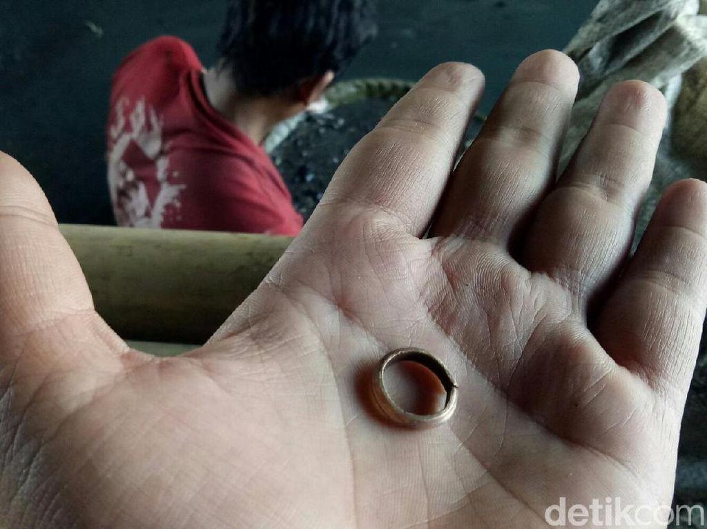 Pemburu Harta Karun Sriwijaya: Saya Dapat Emas Seharga Motor Laki