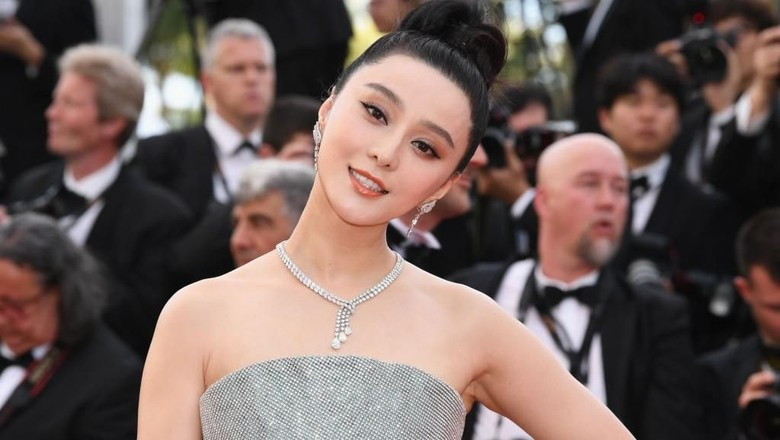 3 Teori perihal Hilangnya Artis Terkaya China Fan Bingbing