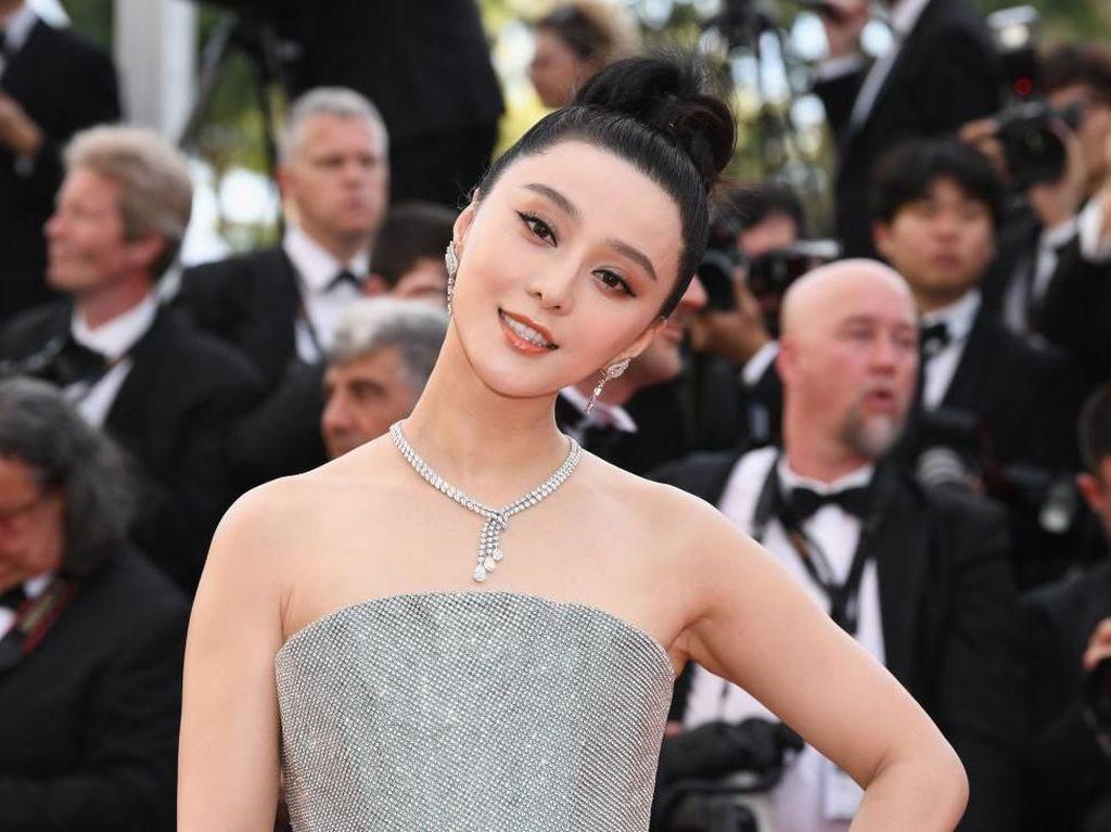 3 Teori tentang Hilangnya Artis Terkaya China Fan Bingbing