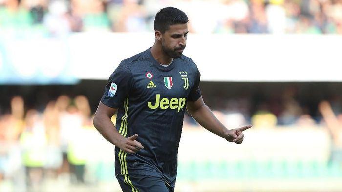 Sami Khedira memperpanjang kontraknya di Juventus sampai 2021 (Foto: Marco Luzzani/Getty Images)