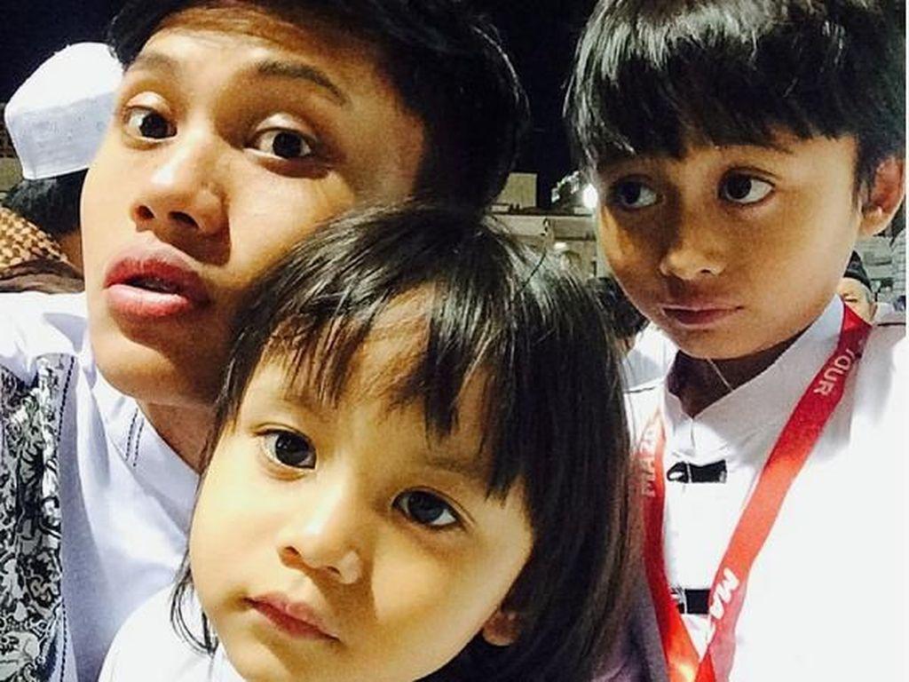 Foto-foto Ini Buktikan Kompaknya Anak-anak Sule
