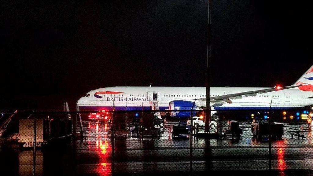 Penampakan Pesawat British Airways yang Mendarat Darurat di Kanada