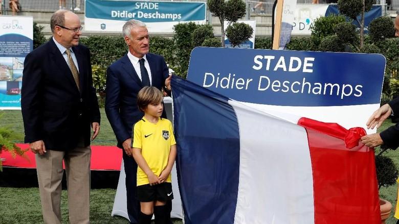 Selamat Datang di Stadion Didier Deschamps!