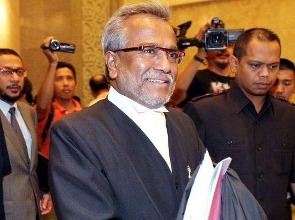 Pengacara Najib Razak Ditangkap dan Didakwa Pencucian Uang