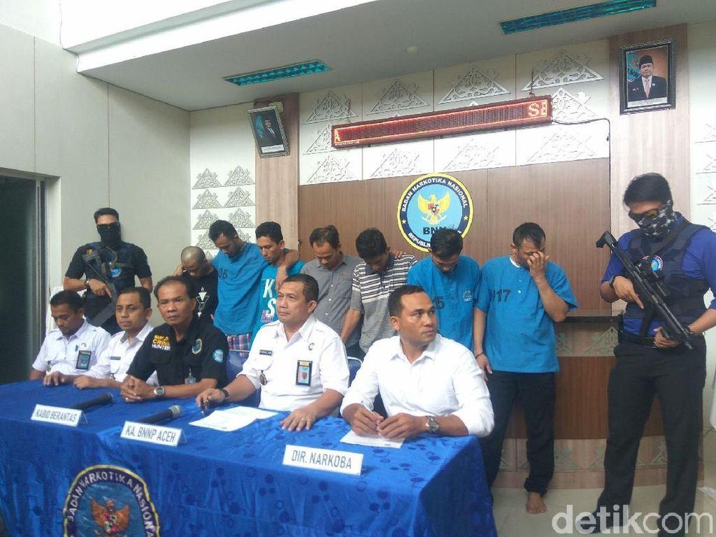 Manajer Kantor Pos Ditangkap Terkait Penyelundupan 2 Ton Ganja