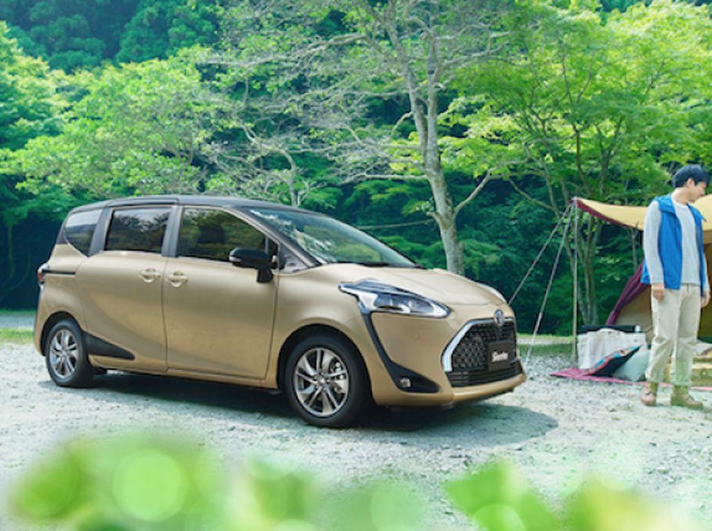 Wajah Baru Toyota Sienta