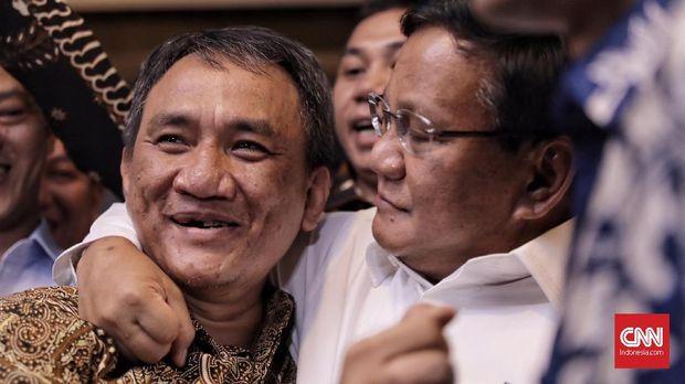 Andi Arief Sebut Jokowi Mirip Camat saat Paparkan Visi Misi