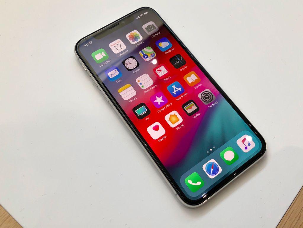 Baru Dipasarkan, iPhone XS Dihantui Masalah Sinyal