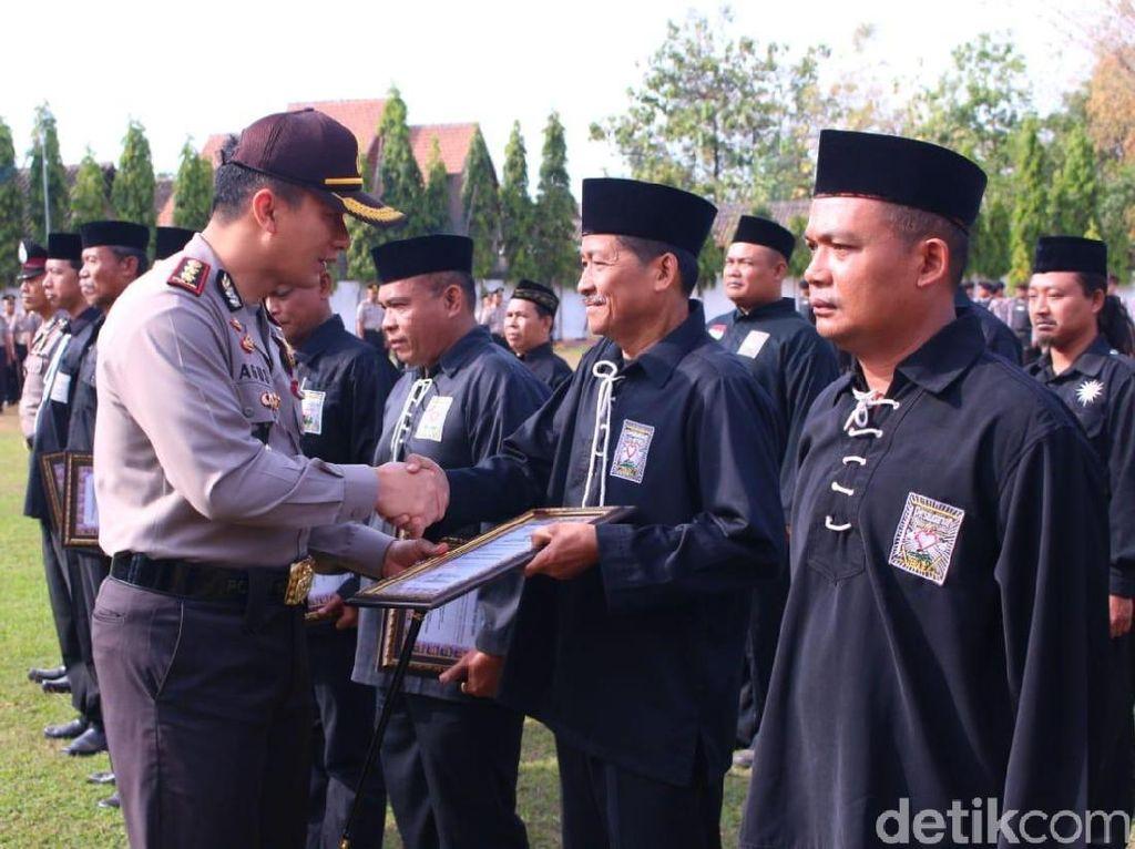 Pesilat-pesilat Madiun Dapat Hadiah dari Polisi, Dalam Rangka Apa Ya?