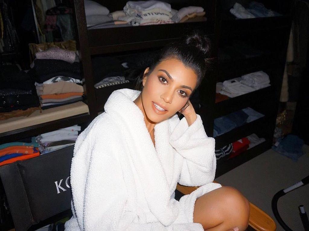 6 Gaya Hidup Sehat ala Kourtney Kardashian