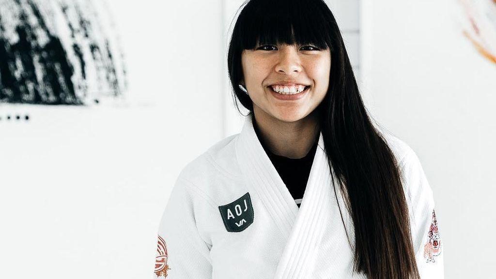 Masih 16 Tahun, Intip Olahraganya Atlet Cantik Juara Dunia Jiu Jitsu