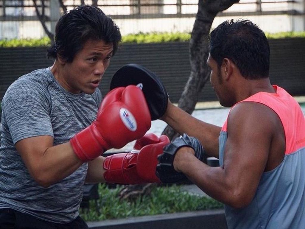 5 Manfaat Boxing, Olahraga Favorit Reino Barack Suami Syahrini