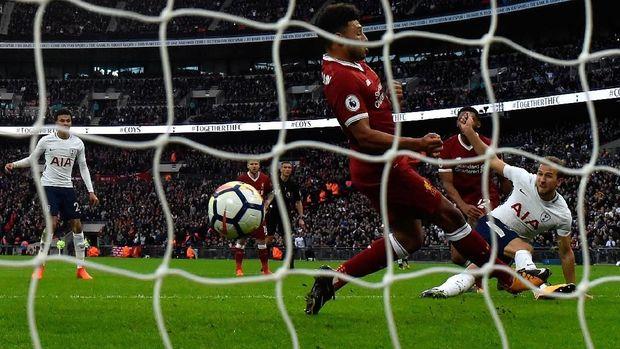 Adu Tajam Kane dan Salah di Wembley, Siapa Unggul?