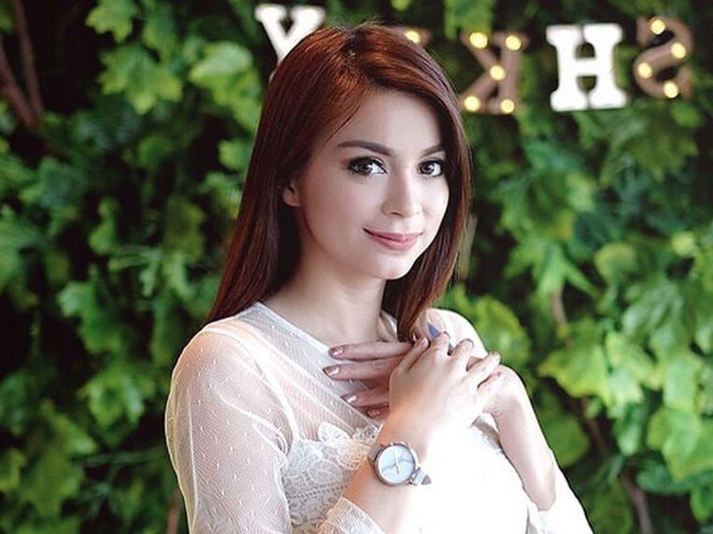Posting Foto Bayi, Sandra Olga Sudah Melahirkan