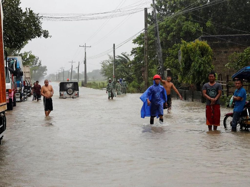 Topan Mangkhut Terjang Filipina, 12 Orang Tewas