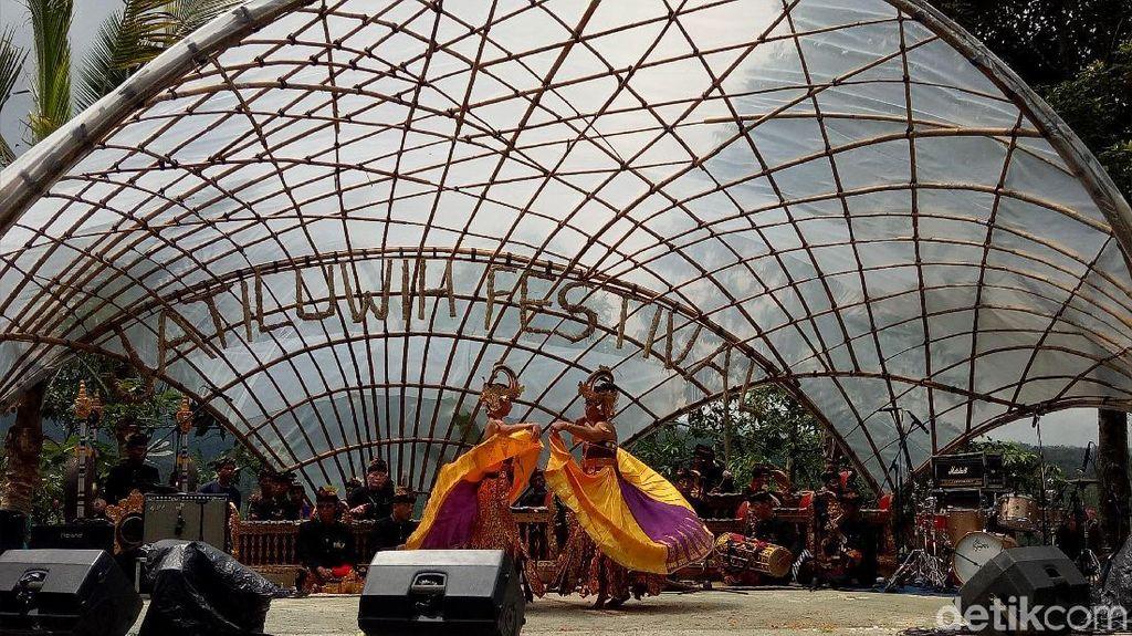 Potret Kemeriahan Festival Jatiluwih yang Pukau Turis