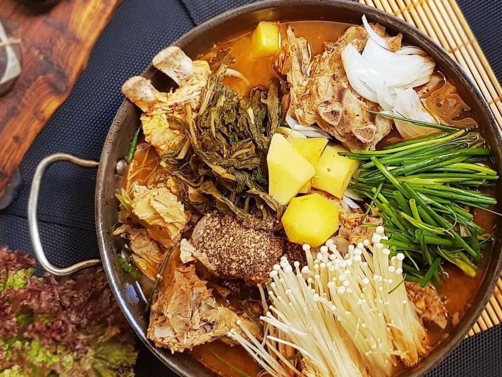 Kalau Traveling ke Korea Selatan Jangan Lupa Cicip 10 Makanan Populer Ini