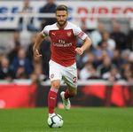 Mustafi Jawab Rumor Transfer ke Milan