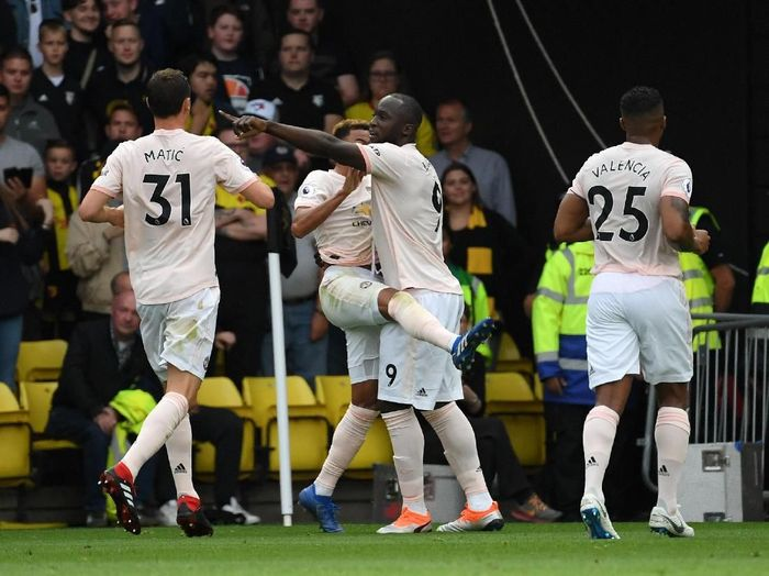 Manchester United merayakan gol pertama ke gawang Watford. (Foto: Ross Kinnaird/Getty Images)