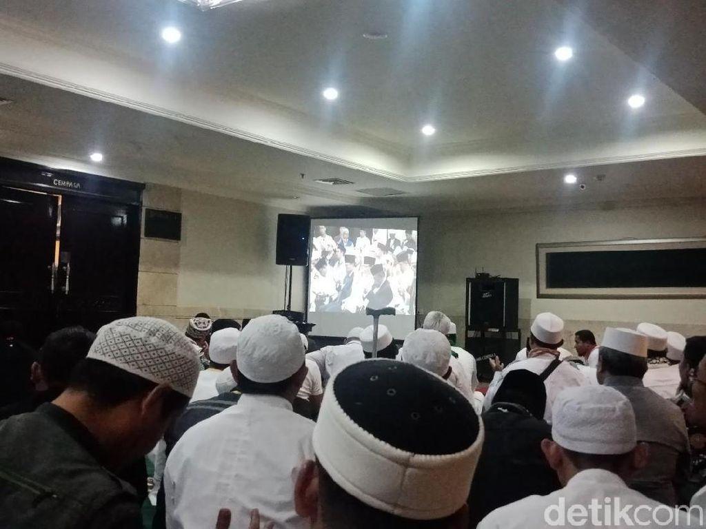 Pesan Habib Rizieq ke Prabowo-Sandi