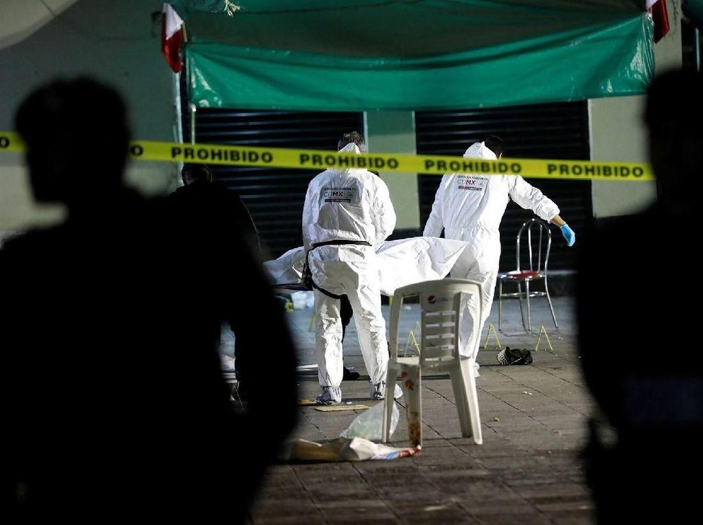 Foto: Lokasi Penembakan Brutal oleh Pria Berbaju Tradisional Meksiko