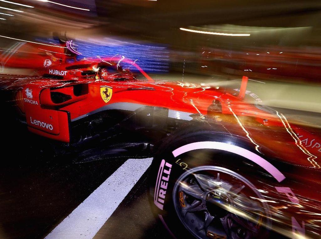 Start Ketiga, Vettel Masih Optimistis Bisa Kalahkan Hamilton di GP Singapura