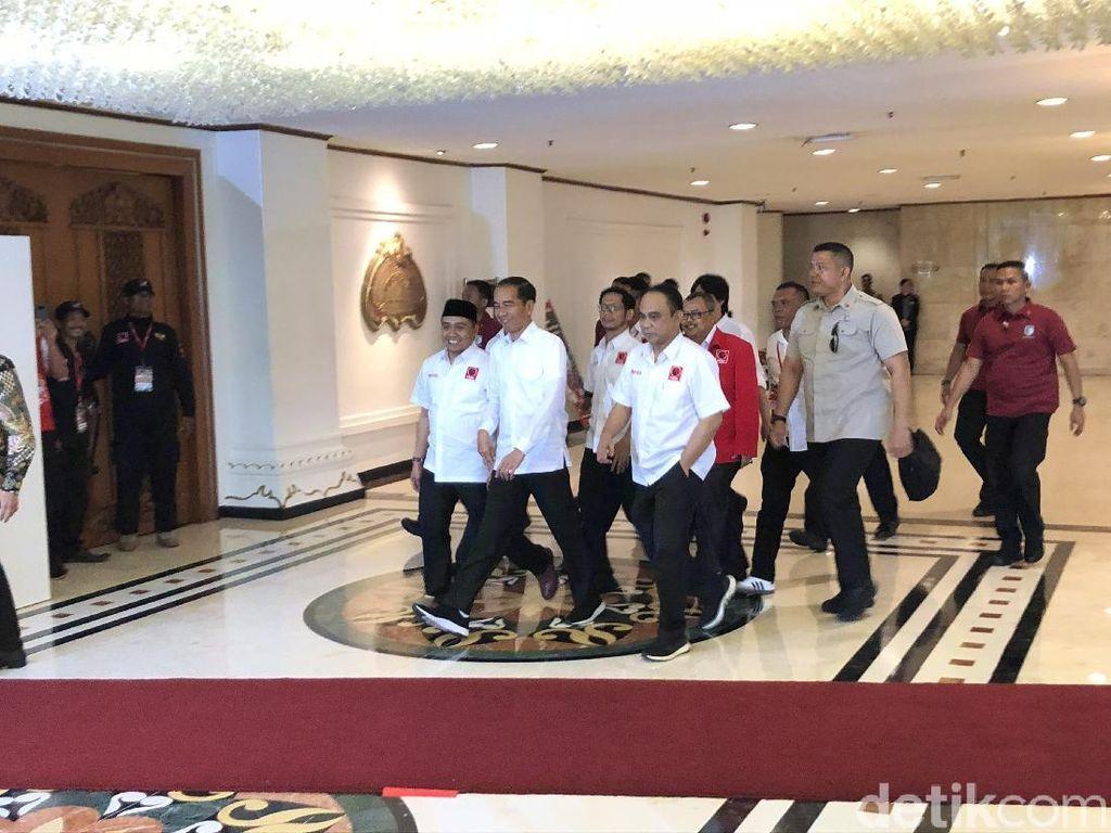 Jokowi: Projo Bukan Relawan Kardus!