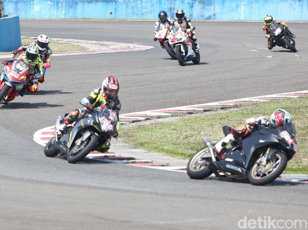 Tunggangi CBR250RR, Ini Kata Para Juara Indonesia CBR Race Day