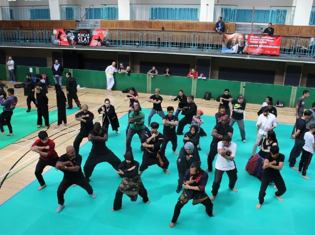 Indonesia Promosikan Pencak Silat ke Kedubes Cina