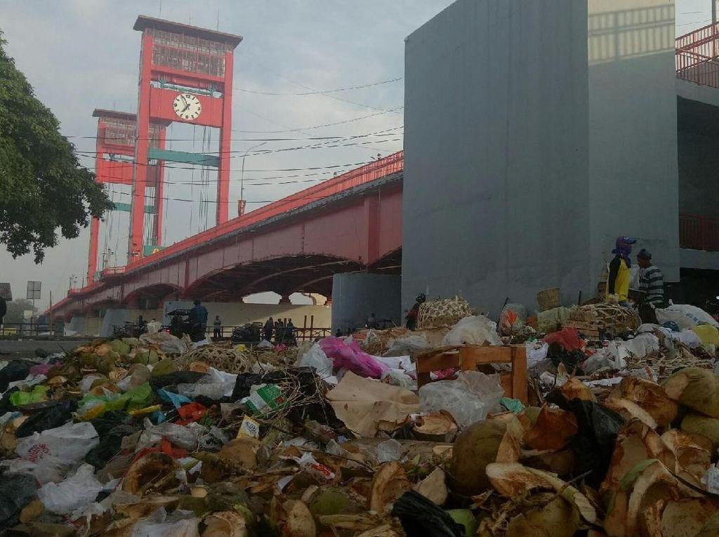 Duh! Tegur Pembuang Sampah Sembarangan Malah Dimarahi Warga