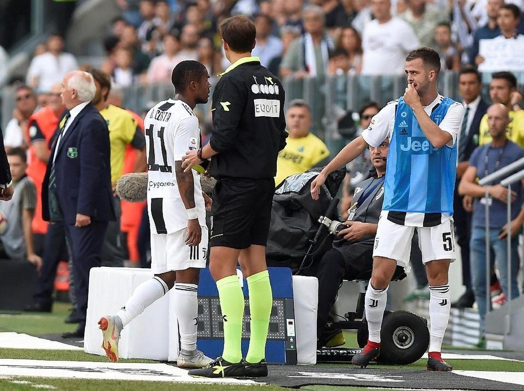 Allegri Bicara soal Insiden Costa Meludahi Pemain Sassuolo