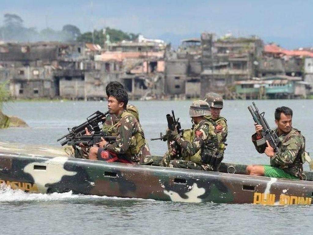 Militer Filipina Bebaskan 3 WNI yang Disandera Kelompok Bersenjata