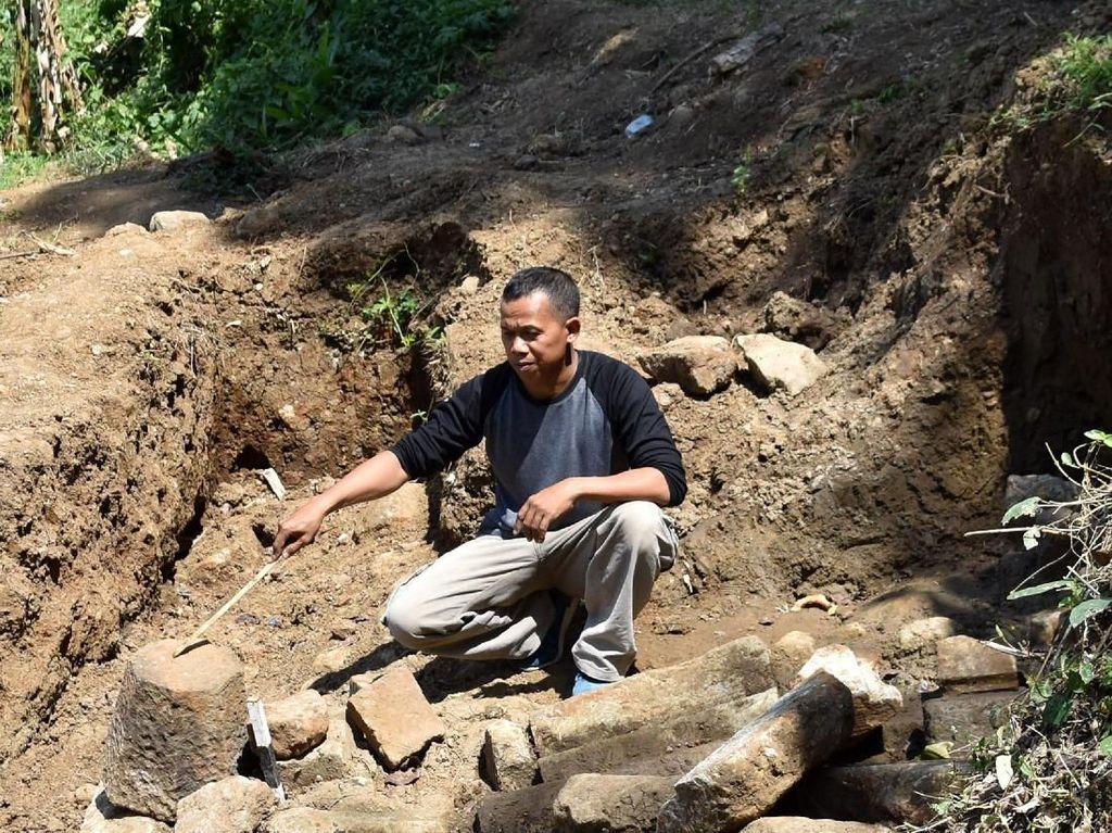 Penampakan Struktur Batu di Dekat Candi Ngempon Semarang